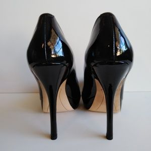 Joan and David patent leather black pumps